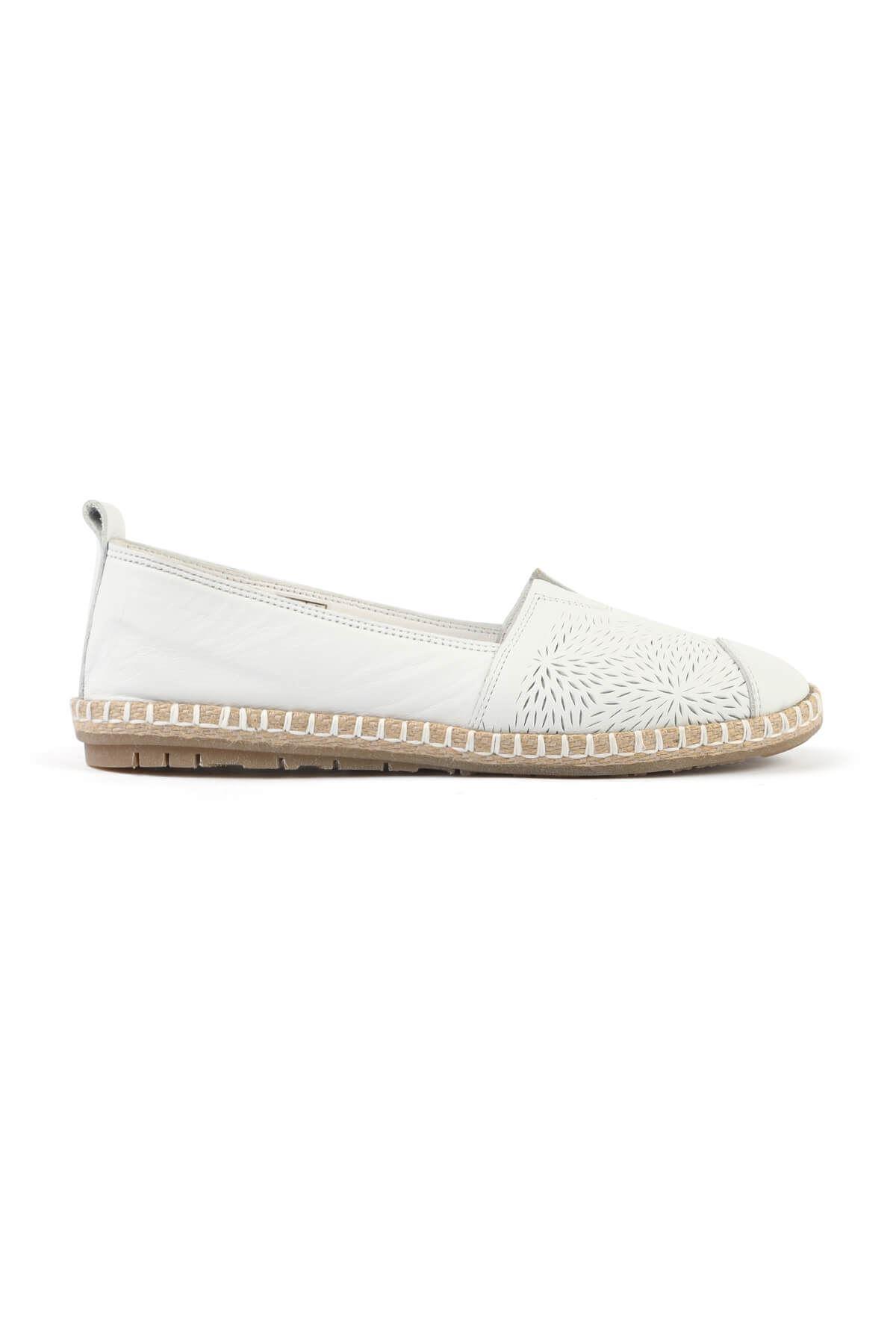 Libero FMS251 White Babette Casual Shoes