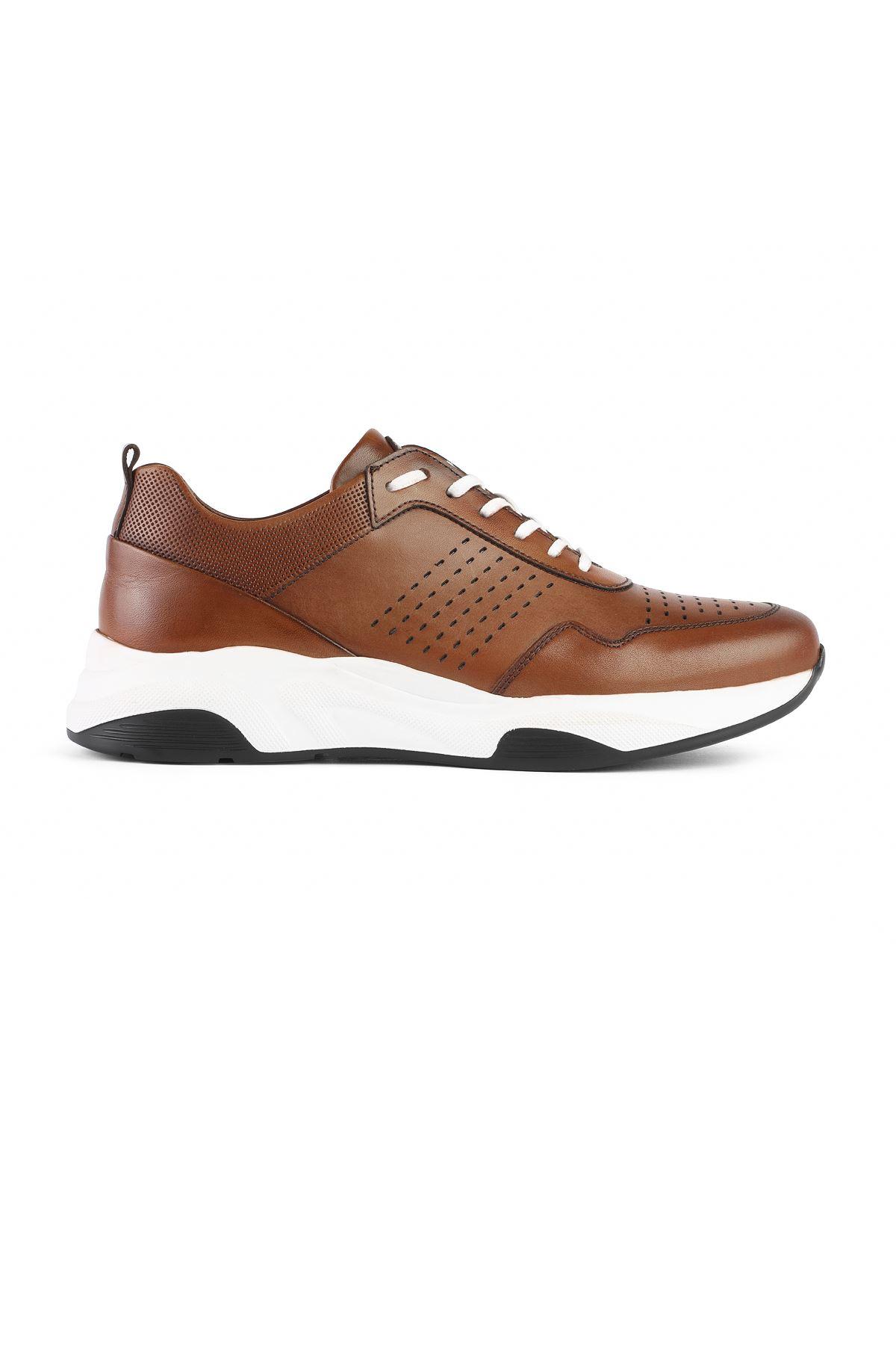 Libero 3313 Tan Sport Shoes