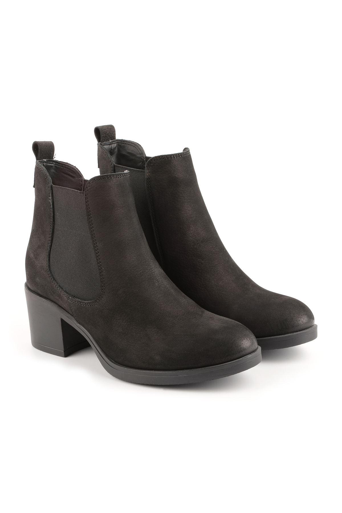 Libero FMS327 Black Nubuck Boots