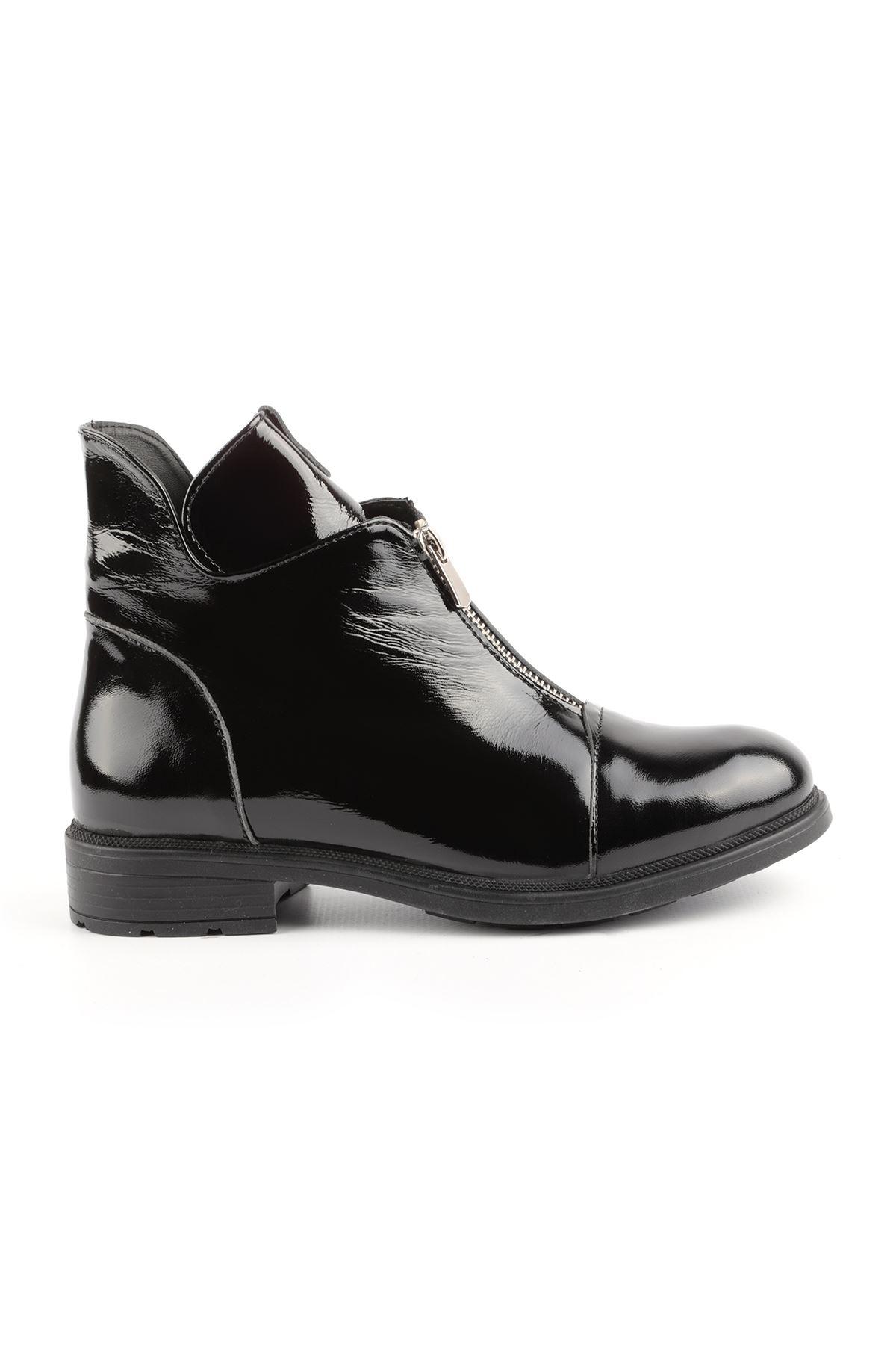 Libero FMS332 Black Patent Leather Boot